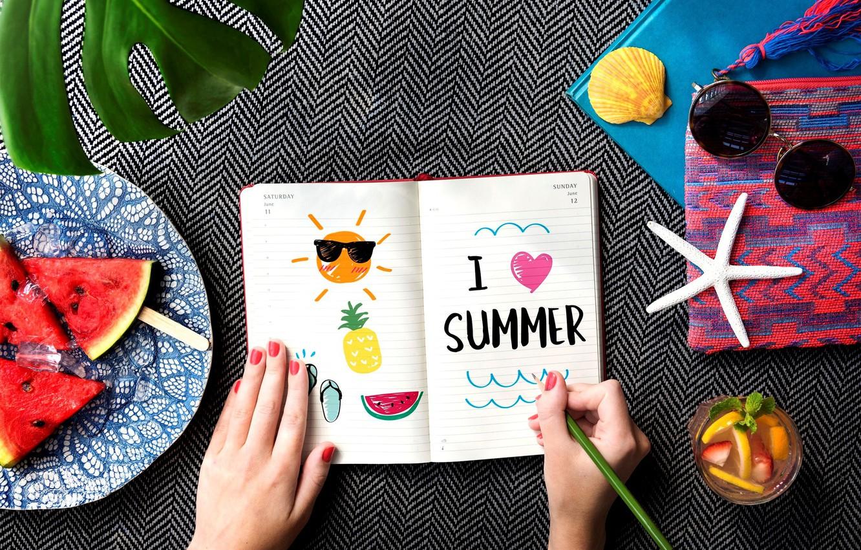 Фото обои лето, надпись, арбуз, очки, рисунки, блокнот, напиток