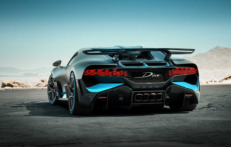 Фото обои вид, сзади, гиперкар, Divo, Bugatti Divo, 2019 Bugatti Divo