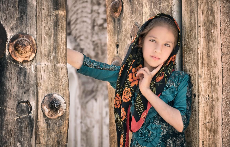 Фото обои Iran, Yazd, Portrait of a child