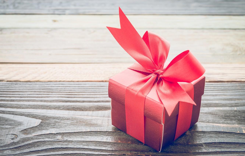 модели, которых картинки с красивыми подарками неоновые