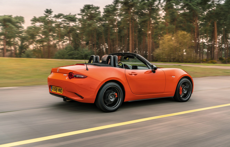 Фото обои дорога, оранжевый, скорость, Mazda, родстер, MX-5, 30th Anniversary Edition, 2019