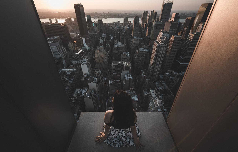 Фото обои девушка, закат, небоскреб, архитектура, Городской пейзаж, Jason Liu