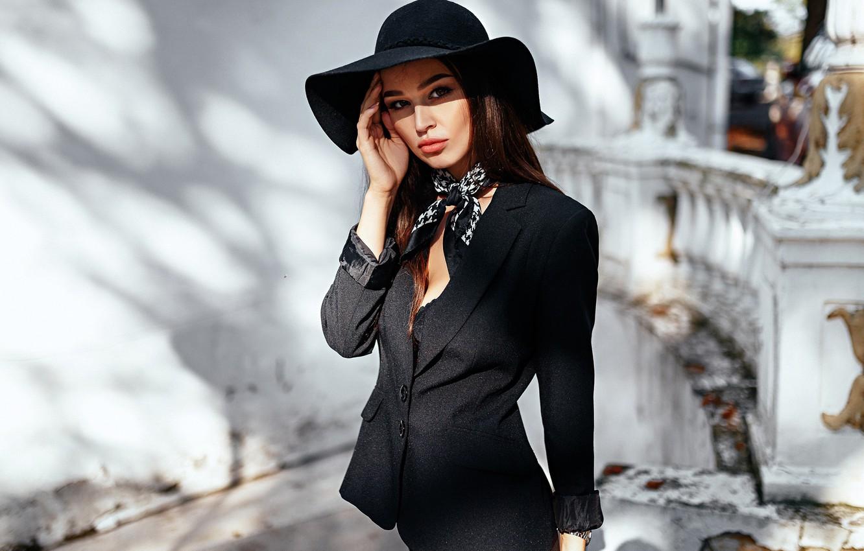 Картинка красивая девушка брюнетка элегантная