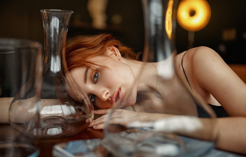 Фото обои взгляд, девушка, стол, рыжая, сосуды, Иван Ковалёв