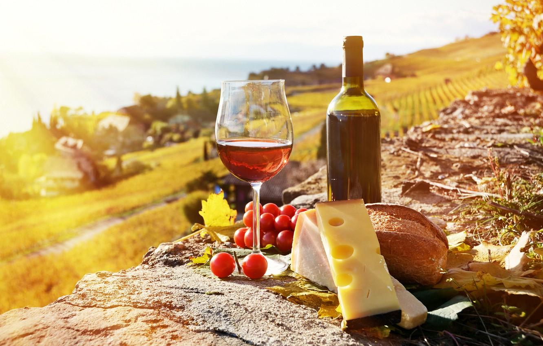 Обои вино, wine, виноград, Grapes, сыр, бутылка, красное, cheese. Еда foto 7