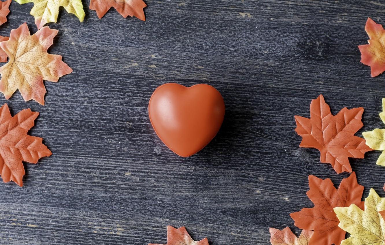 Фото обои осень, листья, любовь, фон, сердце, colorful, love, heart, wood, background, autumn, leaves, romantic, осенние, maple