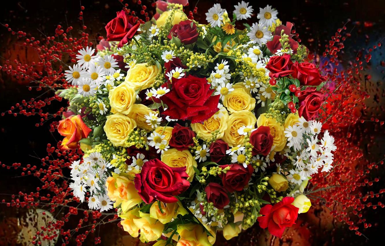 Фото обои ягоды, розы, ромашки, Букет