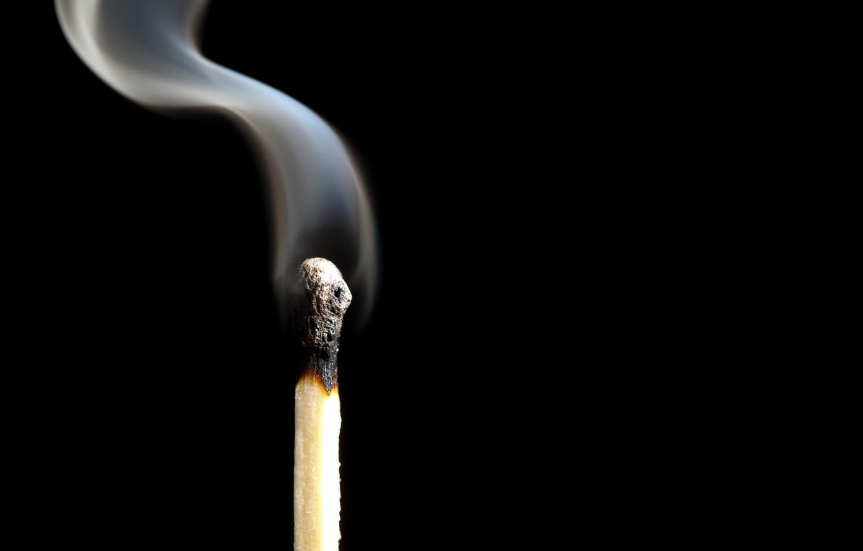 Фото обои smoke, match, phosphorus