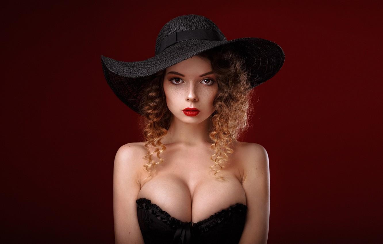 Фото обои girl, cleavage, long hair, dress, hat, brown hair, brown eyes, breast, photo, photographer, model, lips, …