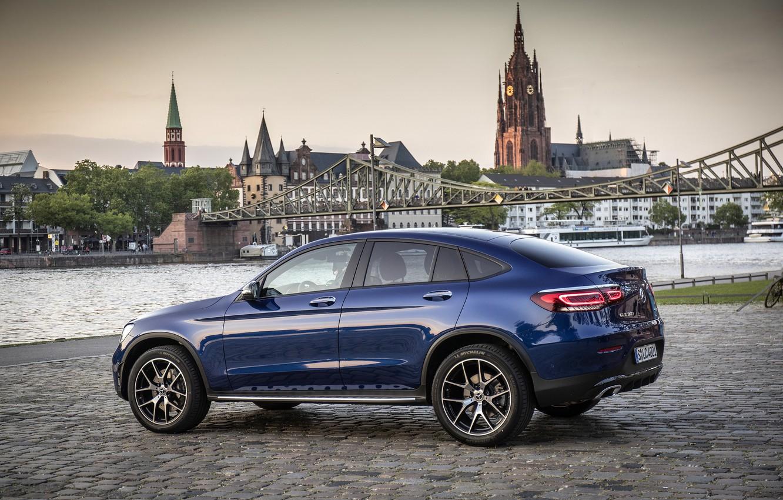 Фото обои Mercedes - Benz, кроссовер, SUV, 2019, Мерседес - Бенц, Mercedes-Benz GLC 300 4MATIC Coupe, brilliant …