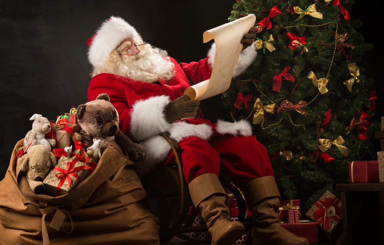 Картинки с новогодними подарками и дедом морозом, прикольные толстой