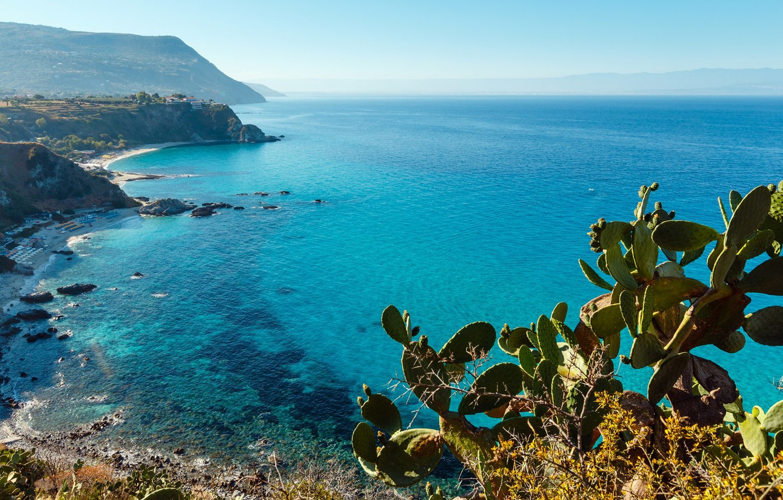 Фото обои rock, sky, sea, landscape, Italy, plants, Calabria, Capo Vaticano, landscape beautiful, prickly pears