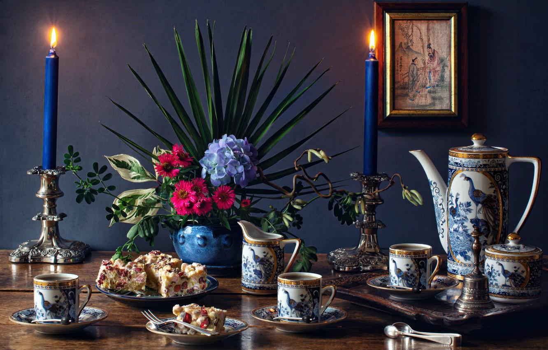 Фото обои цветы, картина, свечи, чашки, торт, посуда, натюрморт