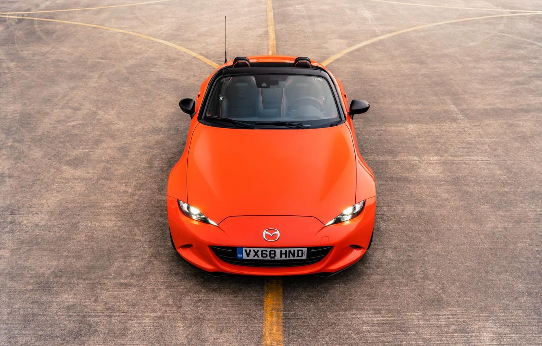 Фото обои оранжевый, капот, сверху, Mazda, родстер, MX-5, 30th Anniversary Edition, 2019