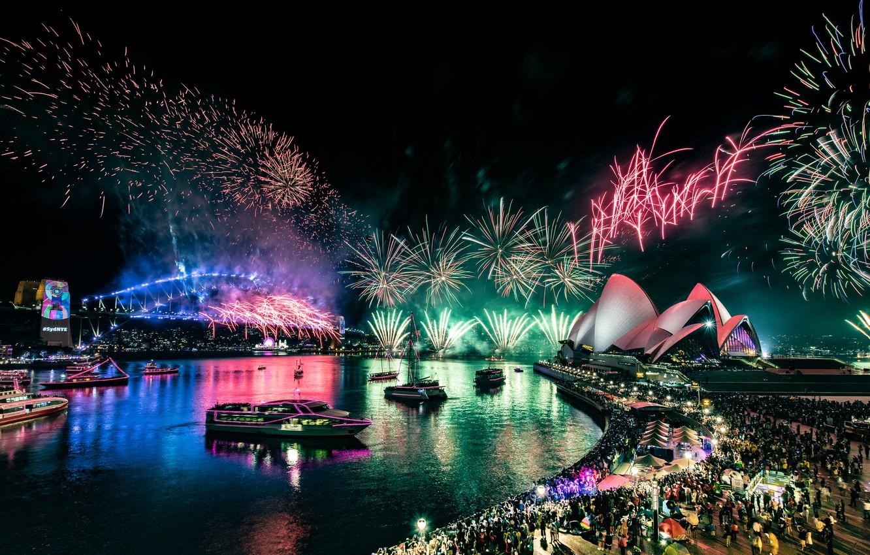 Фото обои отражения, ночь, мост, город, огни, зеленый, люди, праздник, толпа, салют, Австралия, порт, шоу, Сидней, фейерверк, …