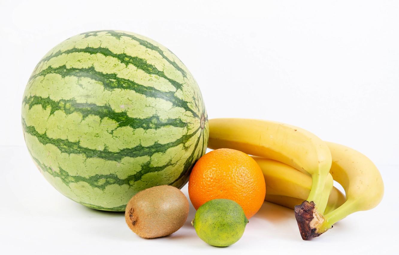 Фото обои арбуз, киви, бананы, белый фон, лайм