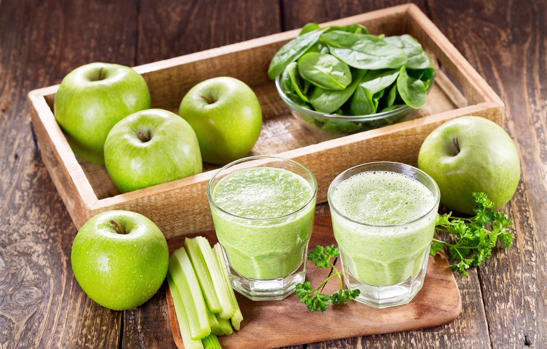 Фото обои зелень, яблоки, доски, стаканы, фрукты, лоток, овощи, боке, смузи