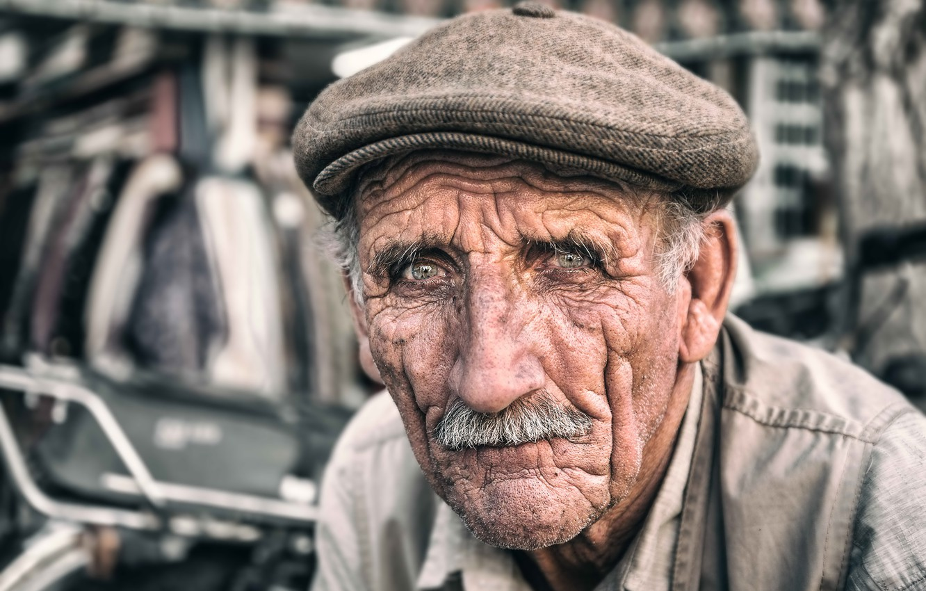 Фото обои Iran, Portrait, Tehran, elderly man