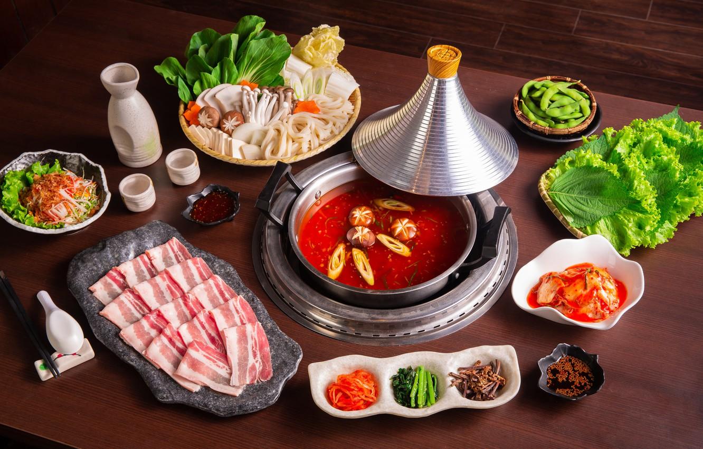 Фото обои суп, мясо, овощи, соус, китайский