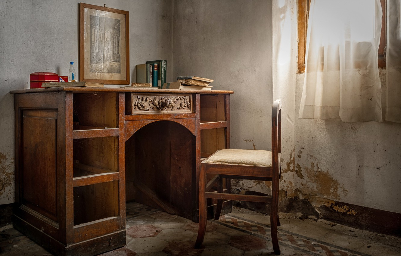 Фото обои стол, окно, стул