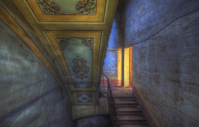 Фото обои дом, дверь, лестница