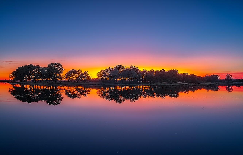 Фото обои деревья, закат, озеро, отражение, Англия