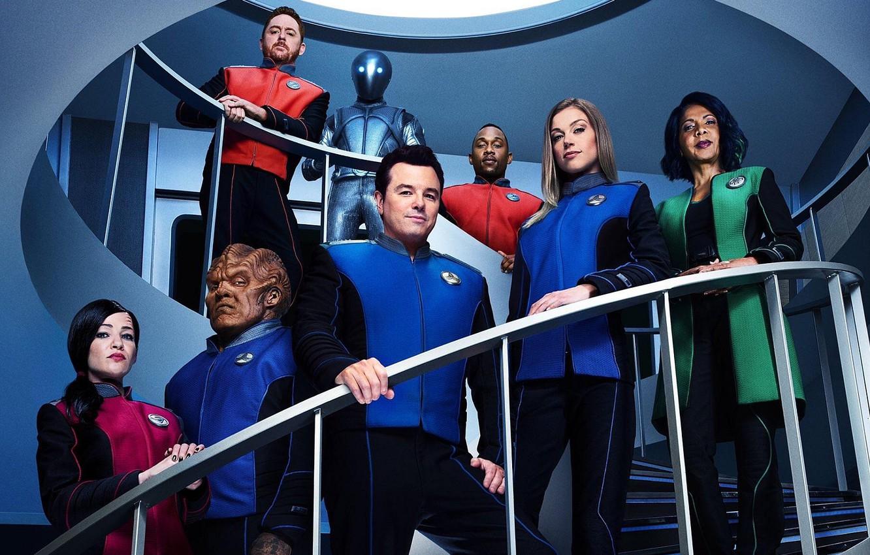 Фото обои взгляд, актёры, сериал, Фильмы, на лестнице, The Orville, Орвилл