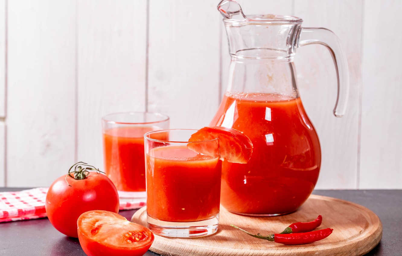 Фото обои перец, кувшин, томаты, томатный сок