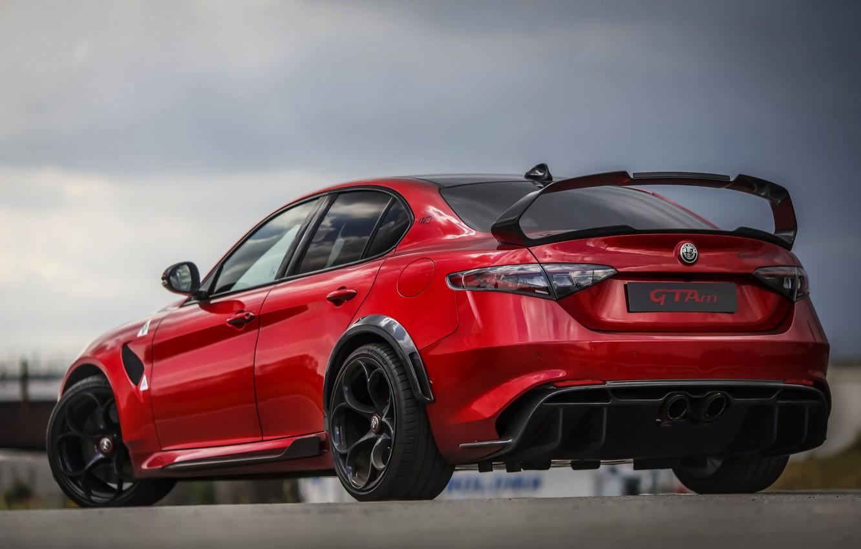 Фото обои крыло, Alfa Romeo, задом, Giulia, GTAm, 2020, Gran Turismo Alleggerita modificata