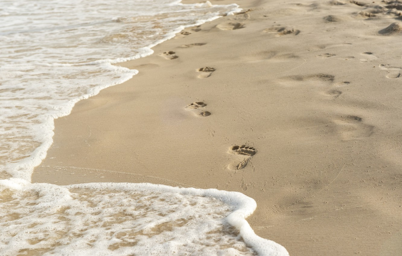 Фото обои песок, волны, пляж, следы, summer, beach, sea, sand, wave, footprints
