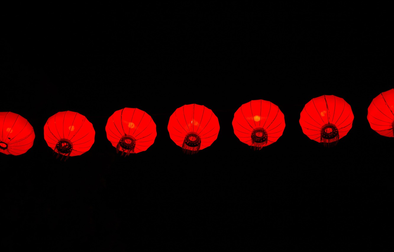 Фото обои фон, чёрный, минимализм, фонарики, китайские фонари