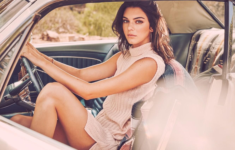 Фото обои авто, девушка, поза, платье, Kendall Jenner