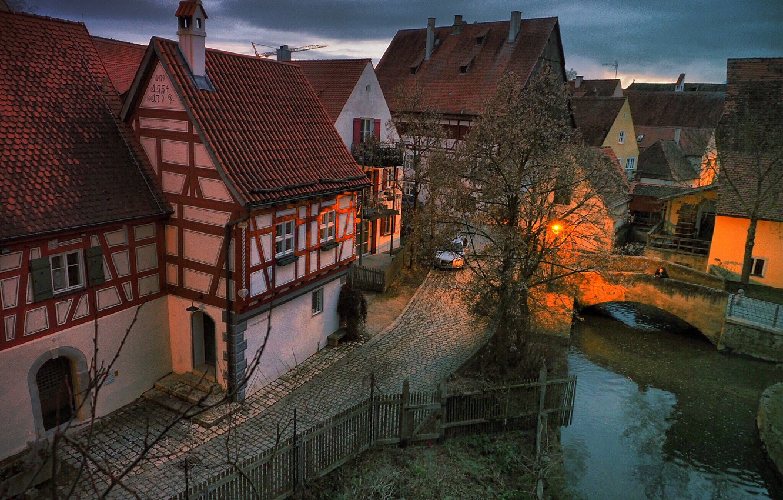 Фото обои город, улица, дома, вечер, Германия, Бавария, Нёрдлинген