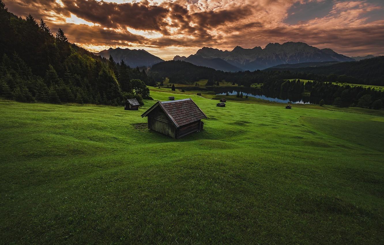Фото обои зелень, поле, лес, лето, небо, трава, облака, горы, тучи, природа, зеленый, озеро, холмы, склоны, вершины, …