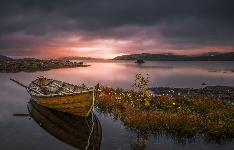 Фото обои небо, закат, озеро, лодка, Allan Pedersen