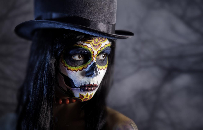 Фото обои девушка, фон, портрет, шляпа, макияж, брюнетка, прическа, Halloween, Хеллоуин, боке, грим