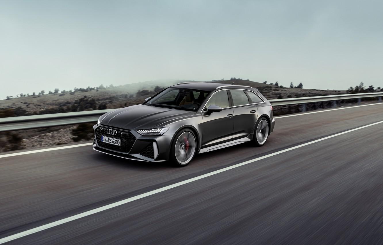 Фото обои дорога, Audi, ограждение, универсал, RS 6, 2020, 2019, тёмно-серый, V8 Twin-Turbo, RS6 Avant