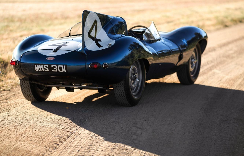 Фото обои Retro, Race Car, British car, Jaguar D-Type