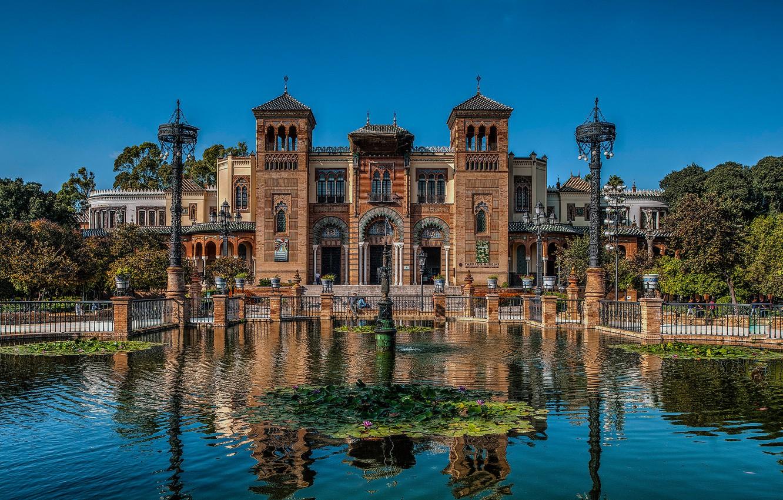 Фото обои пруд, здание, фонари, архитектура, Испания, Spain, Севилья, Андалусия, павильон, Andalusia, Seville, Парк Марии Луизы, Музей …