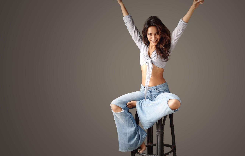 Фото обои girl, hot, sexy, smile, beautiful, model, pose, indian, actress, celebrity, bollywood, ripped jeans, Neha sharma