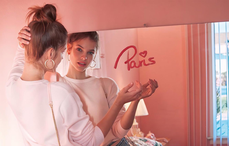 Фото обои lips, look, reflection, mirror, Barbara Palvin