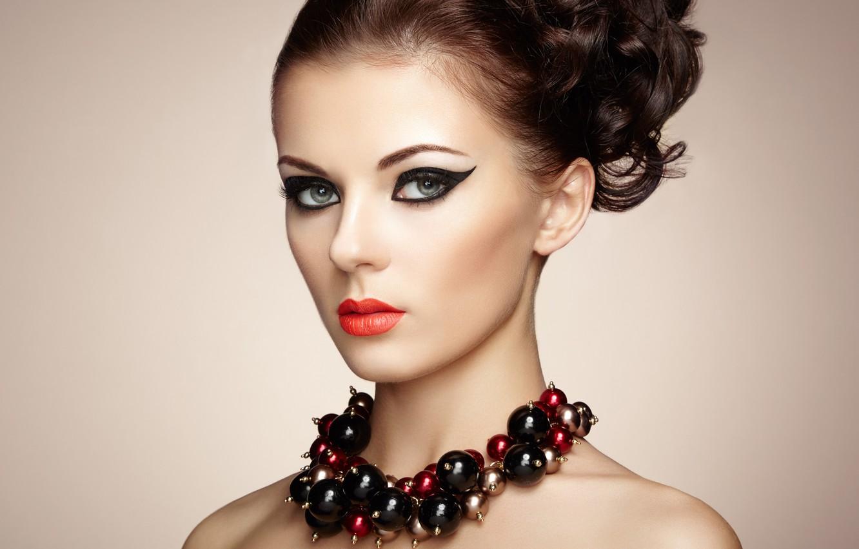 Фото обои портрет, макияж, прическа, бусы, шатенка, украшение, фотомодель, Oleg Gekman