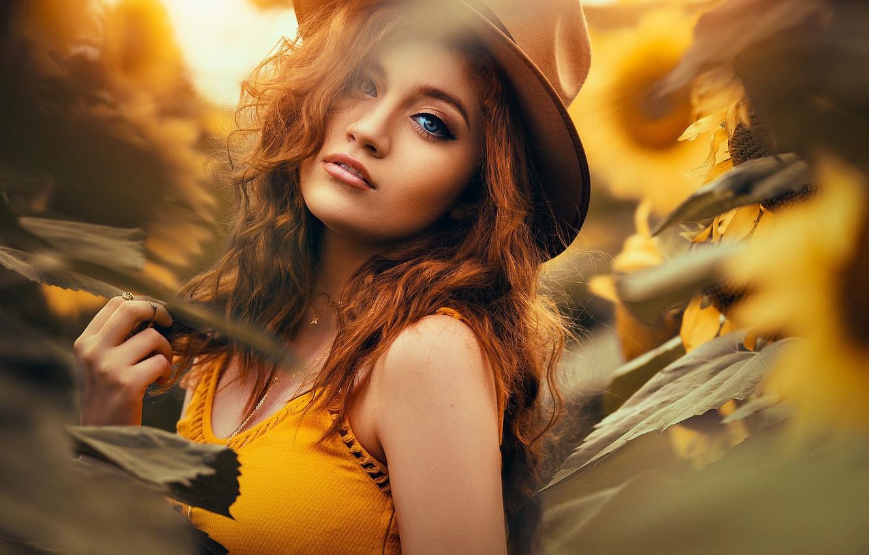 Фото обои подсолнухи, Девушка, шляпа, рыжая