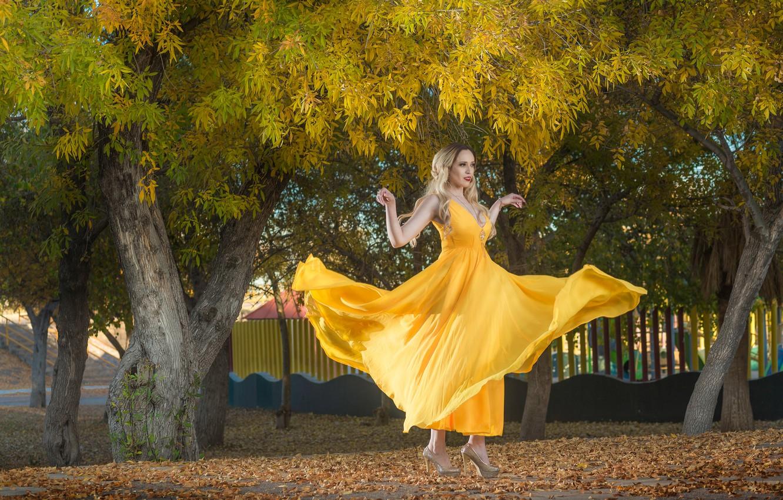 Фото обои девушка, платье, в жёлтом