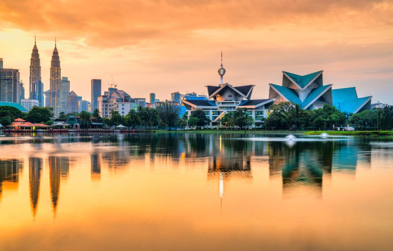 Фото обои вода, закат, небоскребы, Малайзия, Куала-Лумпур, Титивангса, Taman Tasik Titiwangsa, озерный сад