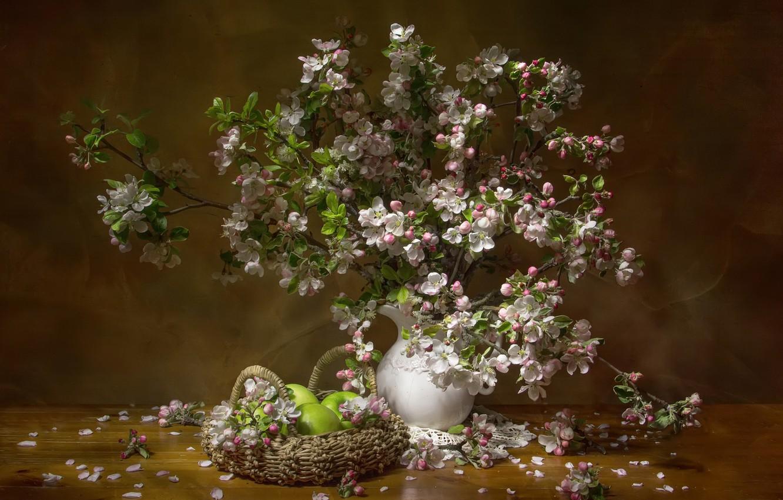 Фото обои ветки, яблоки, весна, кувшин, фрукты, натюрморт, корзинка, яблоня, цветение, салфетка, Феденкова Татьяна