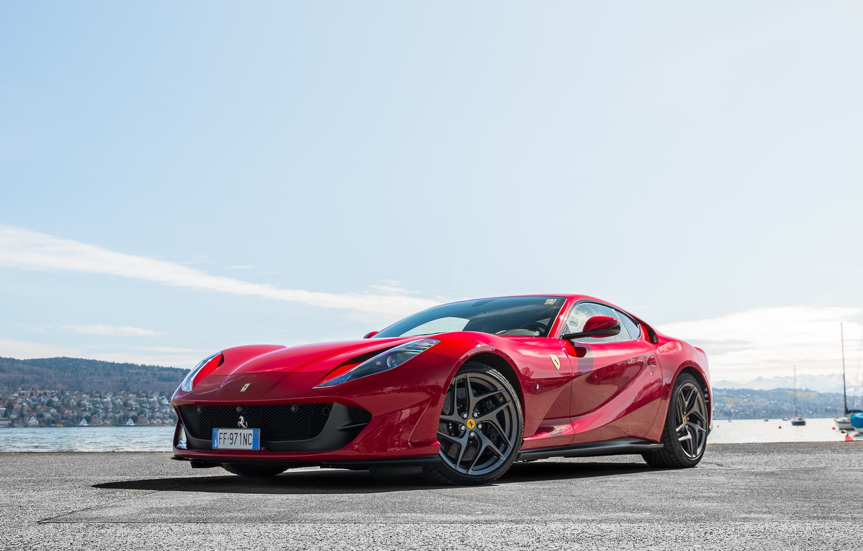 Фото обои Ferrari, red, pier, Superfast, 812