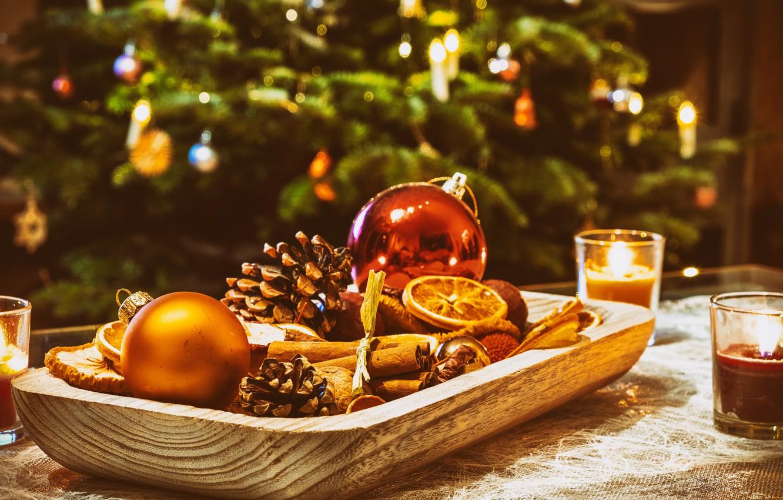 Фото обои украшения, праздник, шары, игрушки, новый год, рождество, свечи, ёлка, шишки, декор, специи