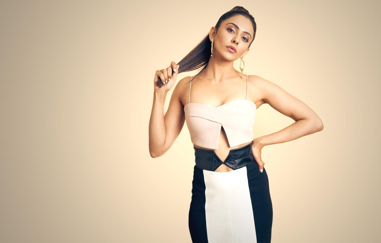 Фото обои girl, hot, sexy, figure, model, beauty, hair, pose, indian, actress, celebrity, bollywood, makeup, Rakul preet …