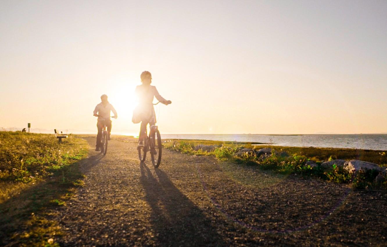 Фото обои утро, прогулка, велосипедисты, Британская Колумбия, Richmond, Ричмонд, Cycling Parks & Beaches, велосипедный парк и пляж, …